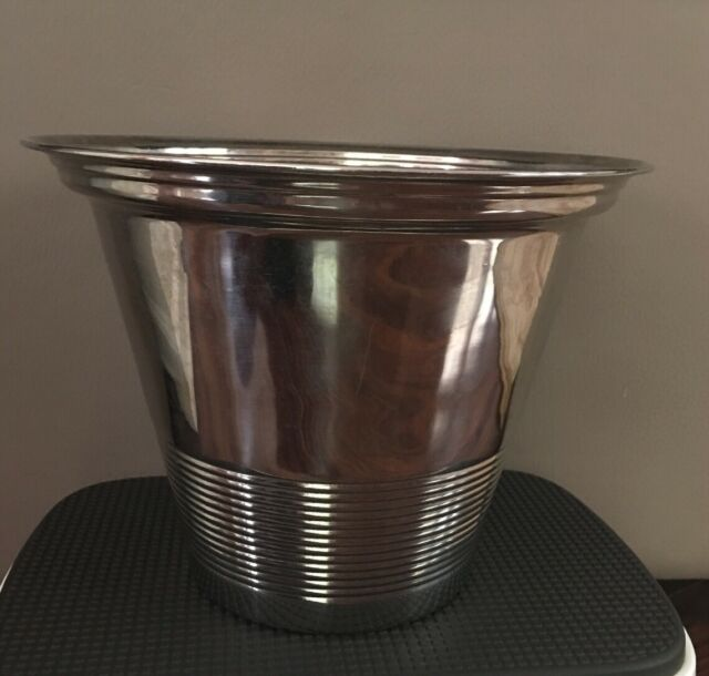 Dolls House Silver Champagne Bottle /& Wine Cooler Bucket Dining Room Accessory
