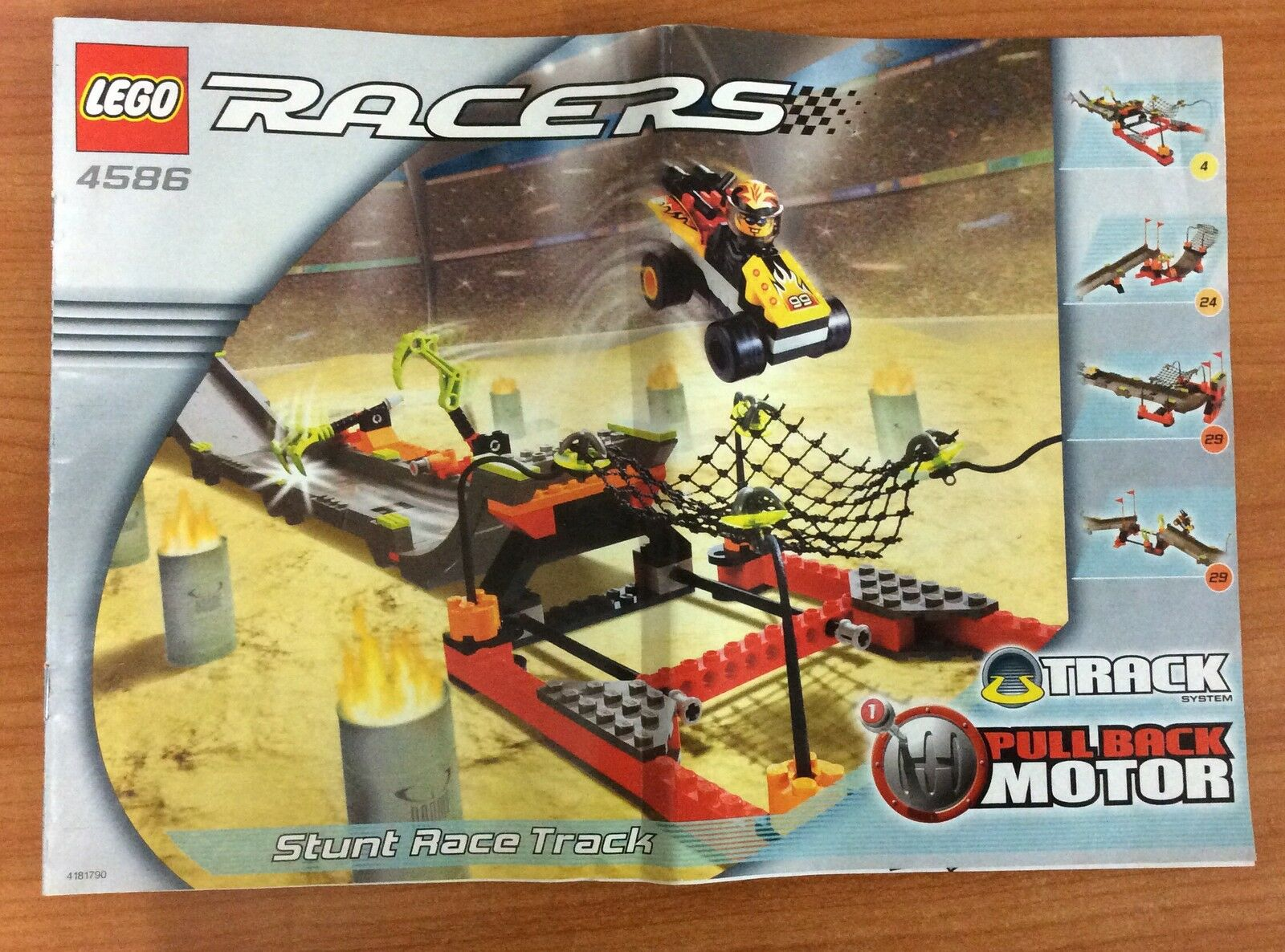 2002 Lego Racers Set 4586 - 100% Complete with Box & Instructions