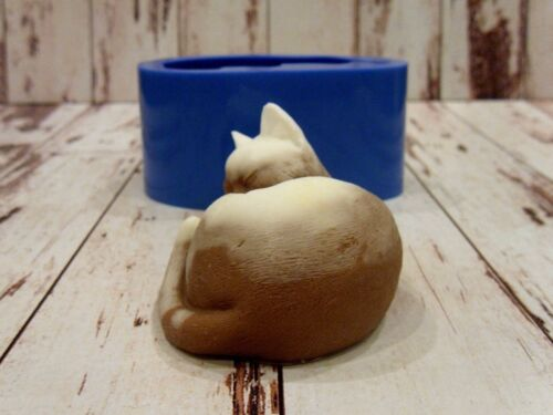 "/""Sleeping cat/"" silicone mold for soap and candles making mould"