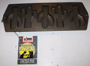 VINTAGE-LODGE-CAST-IRON-CACTUS-PAN-NEW-WITH-TAGS-USA-MADE-FREE-SHIPPING