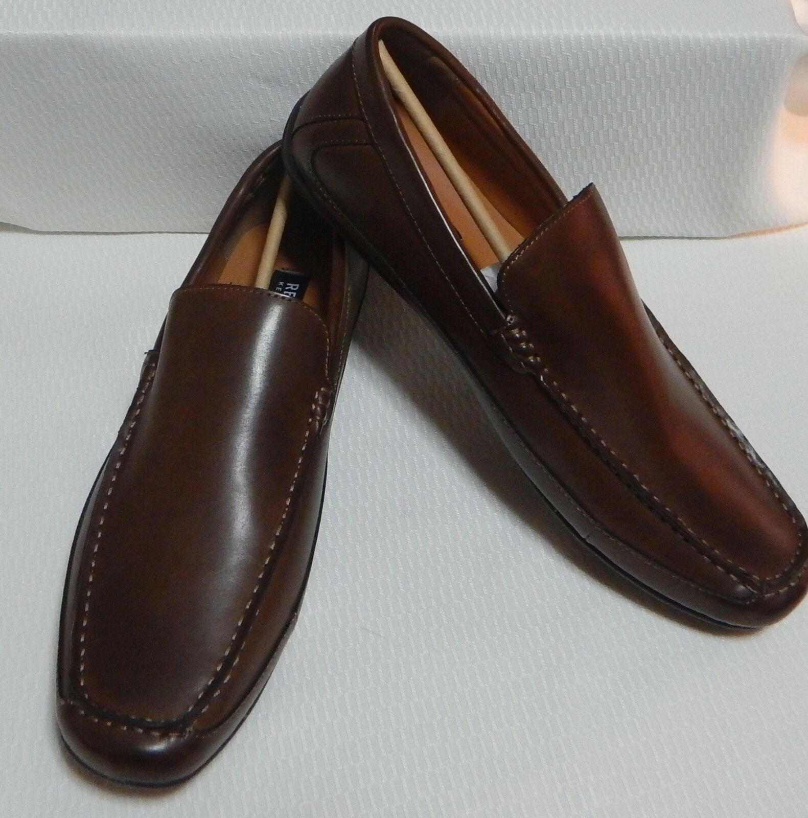 KENNETH COLE SLIP-ON LOAFER ( BOX COGNAC ) NEW WITHOUT BOX ( SIZE 11.5 M  #1628-2 50b9ee