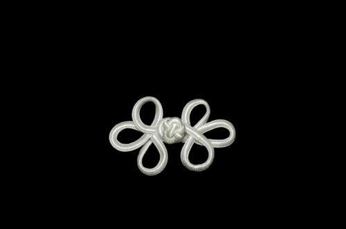 """Kiddo 2.5/"""" White or Off White Loop Chinese Frog Decorative Button Knot Closure"""