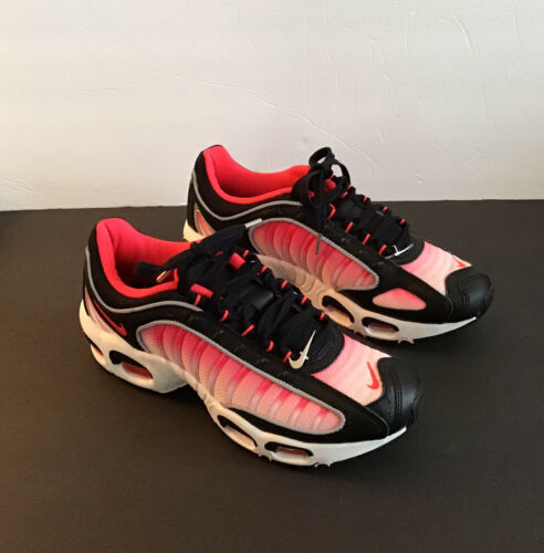 "Nike Tailwind IV ""Black/White/Fire Pink/"""