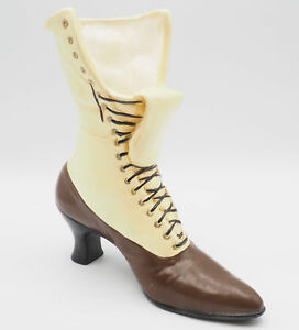 Vintage-Ceramic-Victorian-Cream-And-Brown-Lace-Up-Boot-Shoe-Vase-Planter