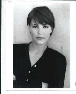 Leslie Danon - 8x10 Headshot Photo w/ Resume - Marked for