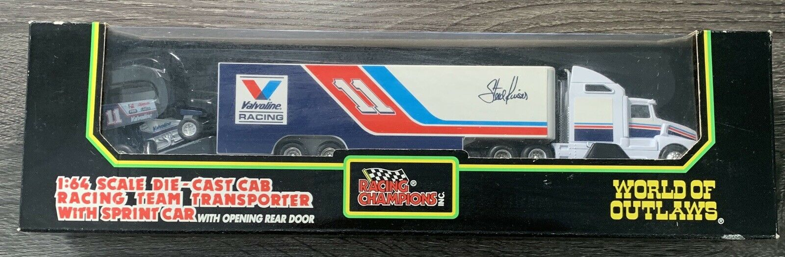 Racing Champions World of Outlaws  11 Steve KINSER 1 64 Hauler avec Sprint voiture new in box