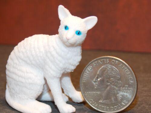 Dollhouse Miniature Pet Cat Angora Animals1:12 1 inch scale K16 Dollys Gallery