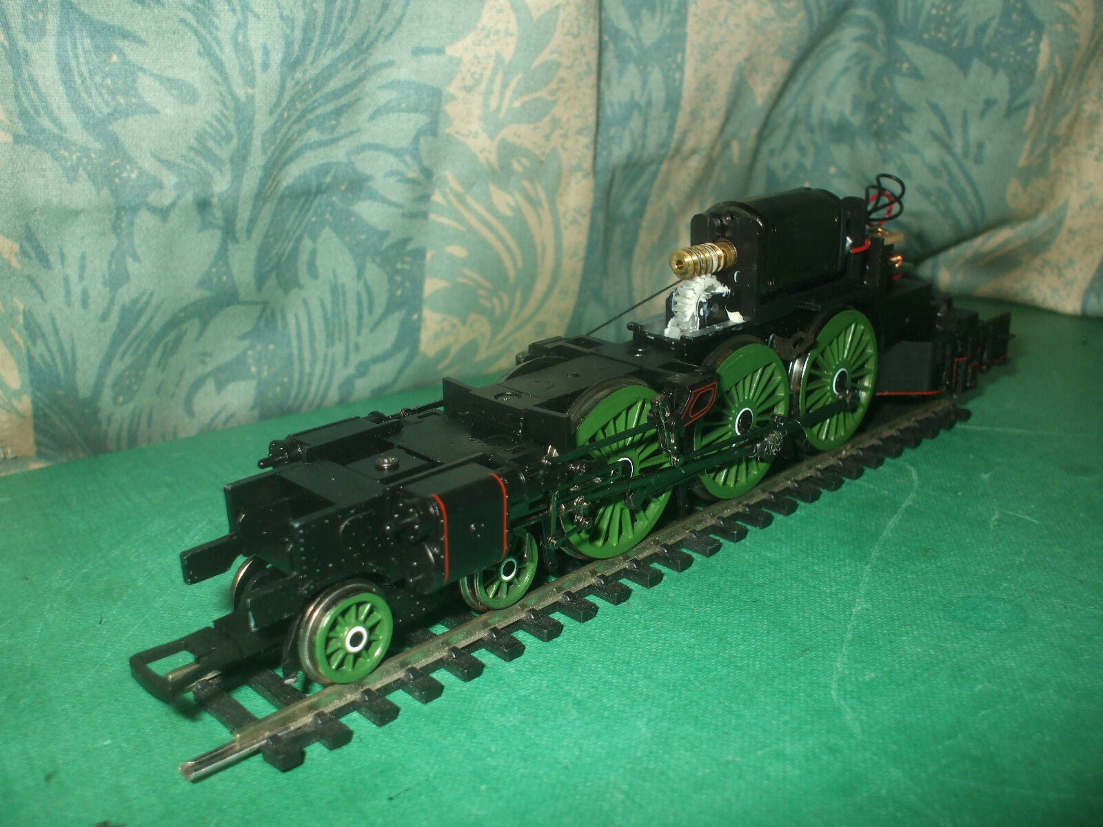 BACHMANN EX LNER A1 CLASS LOCO CHASSIS ONLY - No.2