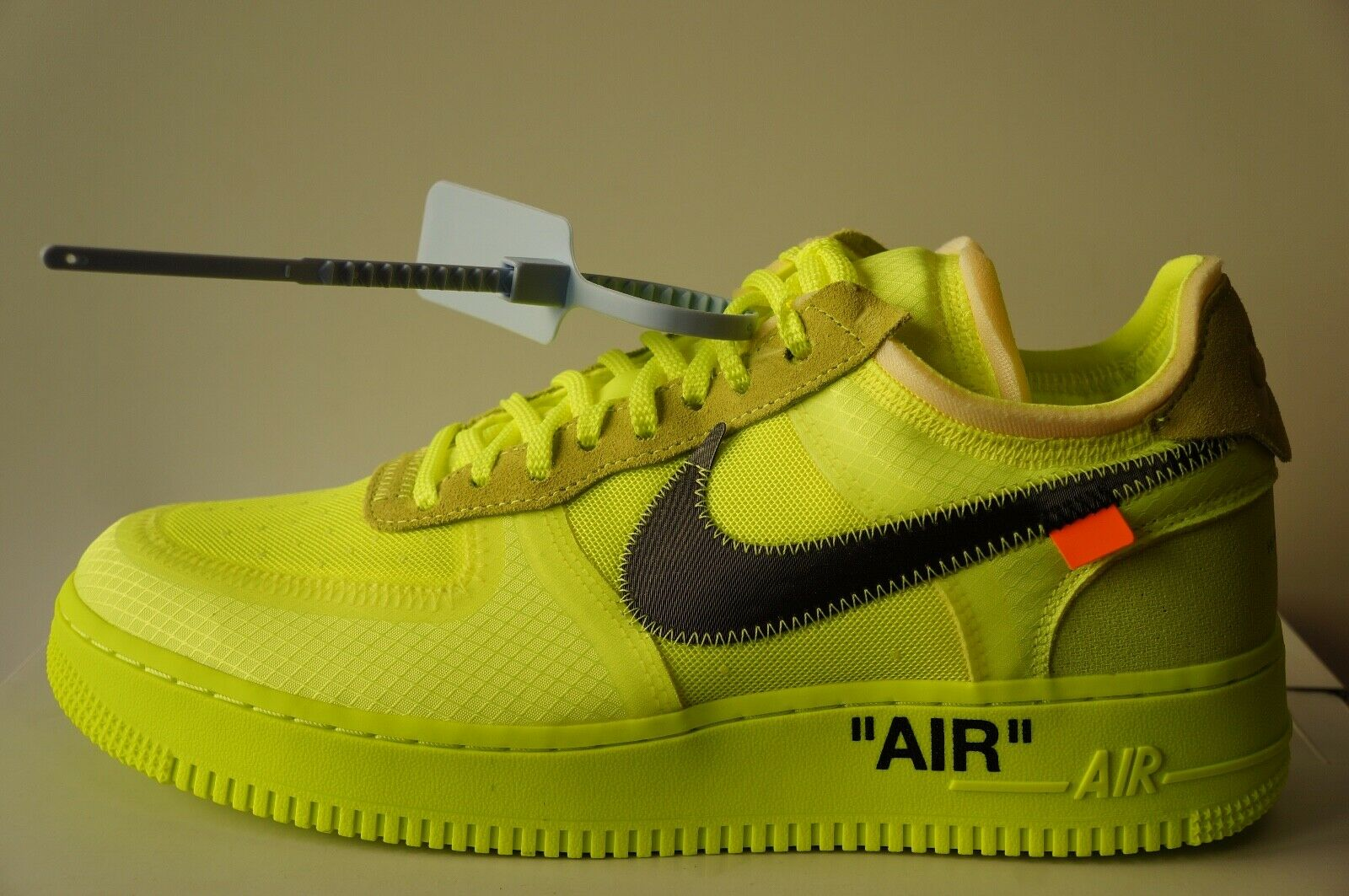 Nike Air Force 1 Off White Volt AO4606700 (Größe 37-47)