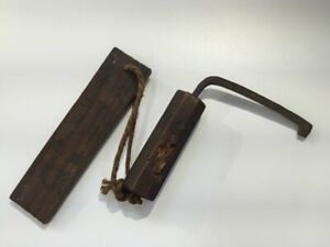1850s-Japanese-Iron-Key-amp-Wooden-Strap-Vtg-Warehouse-Kagifuda-Kanji-R159