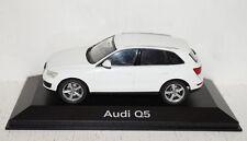 Schuco Audi Q5 Ibisweiß 1:43 in PC + OVP