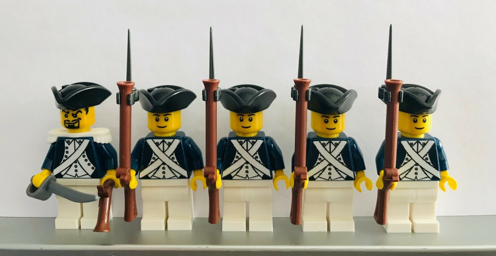 Lego PIRATES AMERICAN REVOLUTION CONTINENTAL DRAGOON Soldiers MINIFIGS