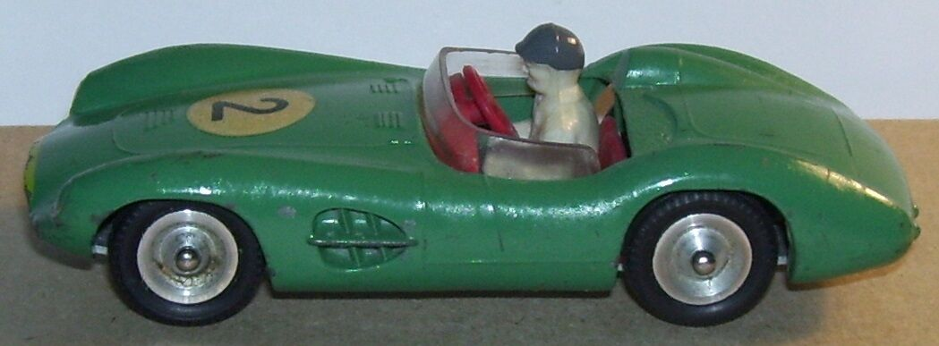 OLD ORIGINAL SOLIDO MADE IN FRANCE 1959 ASTON MARTIN DBR1 3L N°2 green REF 107a