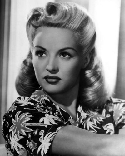 American Actress BETTY GRABLE Glossy 8x10 Photo Celebrity Dancer Print Poster