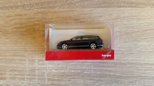 Herpa-038423-004-1-87-VW-Passat-Variant-atlanticblau-Metallic-NEUF