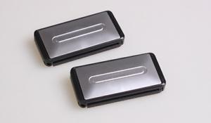 2-Pinces-Ceintures-Voiture-Clip-Universelle-Aspect-Aluminium-Brosse