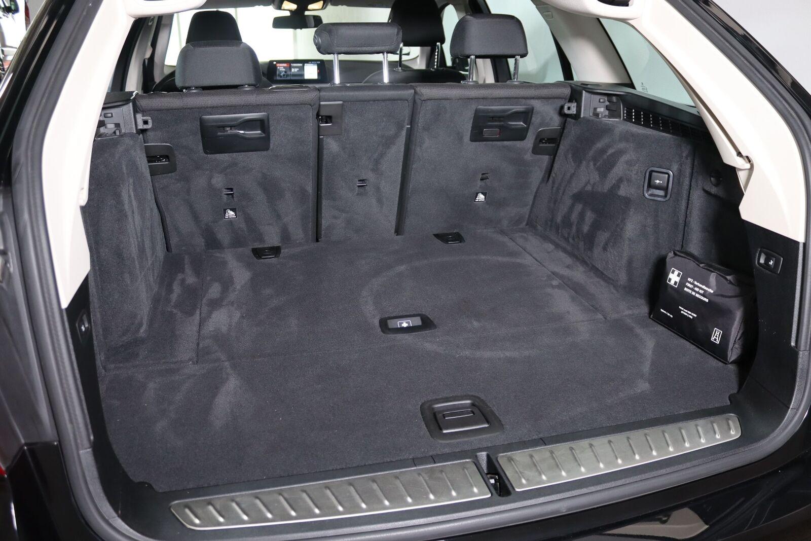 BMW 520d 2,0 Touring aut. - billede 9