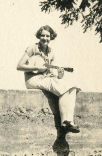 Musician banjo guitar