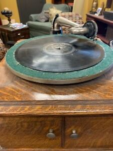 Early-1900-039-s-Victor-Talking-Machine-Company-Original-Vintage-Phonograph