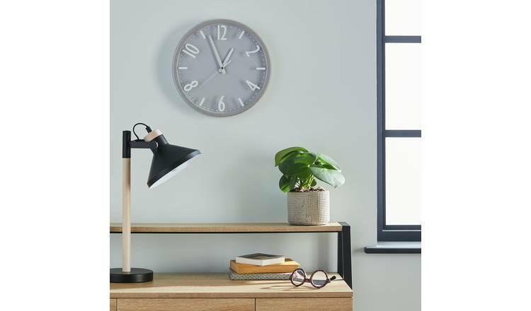 Argos Home Contemporary Wall Clock - Silver