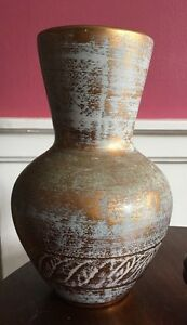 Vintage-Stangl-Art-Pottery-Hand-Painted-Antique-Gold-9-1-2-034-Tall-Vase-5023