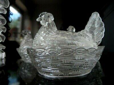 Butterhuhn Deckeldose Huhn auf Körbchen transparentes Pressglas