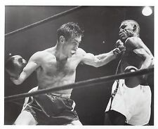 TONY DEMARCO vs RUBIN HURRICANE CARTER 8X10 PHOTO BOXING PICTURE
