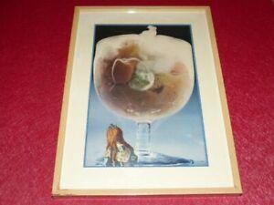 ART-XXe-COLLAGE-ORIGINAL-POETIQUE-FANTASTIQUE-Ca-1970-Cadre-40-x-29-cm-Fillette