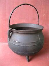 Antique Kettle Primitive Cast Iron 3-Leg 5 Quart Bulge Pot Cauldron Gatemark