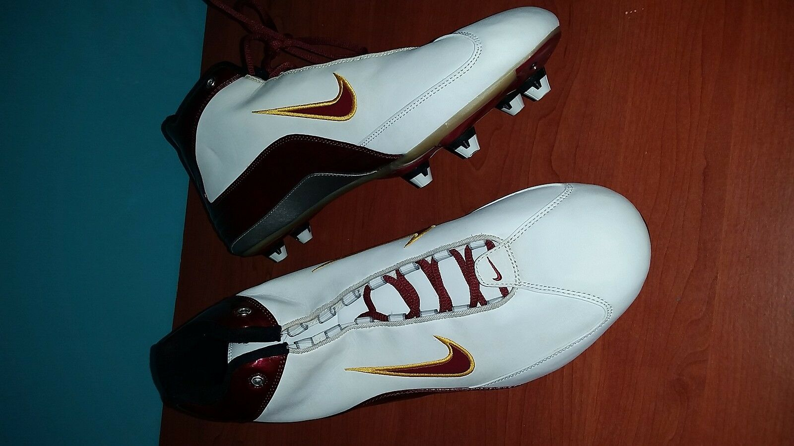 NEW Nike Football White Maroon Maize Men's Cleats size 14