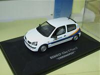 Renault Clio Ii Phase Ii Chronopost Universal Hobbies