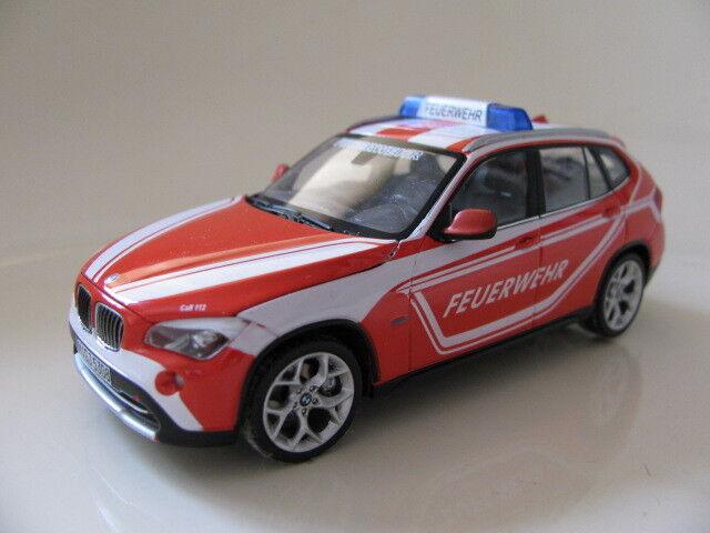 1 43 SCHUCO BMW X1 Feuerwehr Diecast