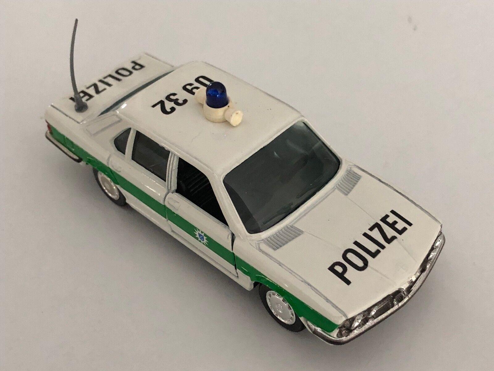 GAMA BMW 528i E28 Weiß & Grün  Polizei  1 43 scale diecast model   1155