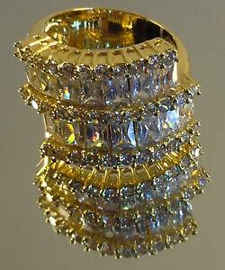 Sophisticated-Ladies-Fashion-Ring-20x-Cubic-Zirconia-21x-Swarovski-stones-NEW