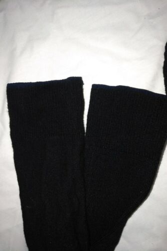 MEDIUM SIZE 9-10 White top 10 PAIRS OF CANADIAN ARMY POLYPROPYLENE SOCK LINERS