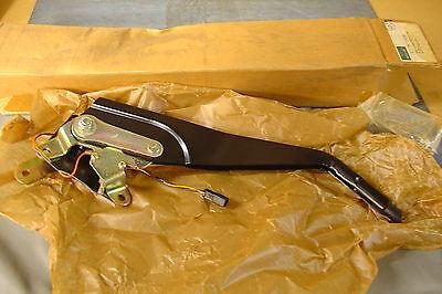 NEW JAGUAR X300 X308 HANDBRAKE LEVER ASSY MNA5141