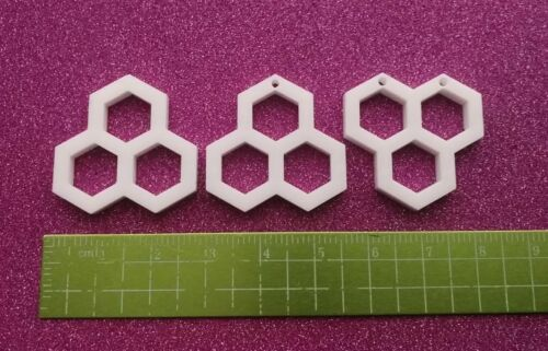 5x honeycomb honey bee acrylic charms//pendants//jewellery making//craft/'s