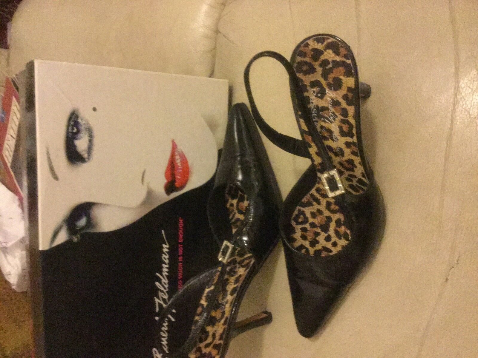 Descuento barato Beverly Feldman for Russell & Bromley Black Patent Slingbacks Shoes