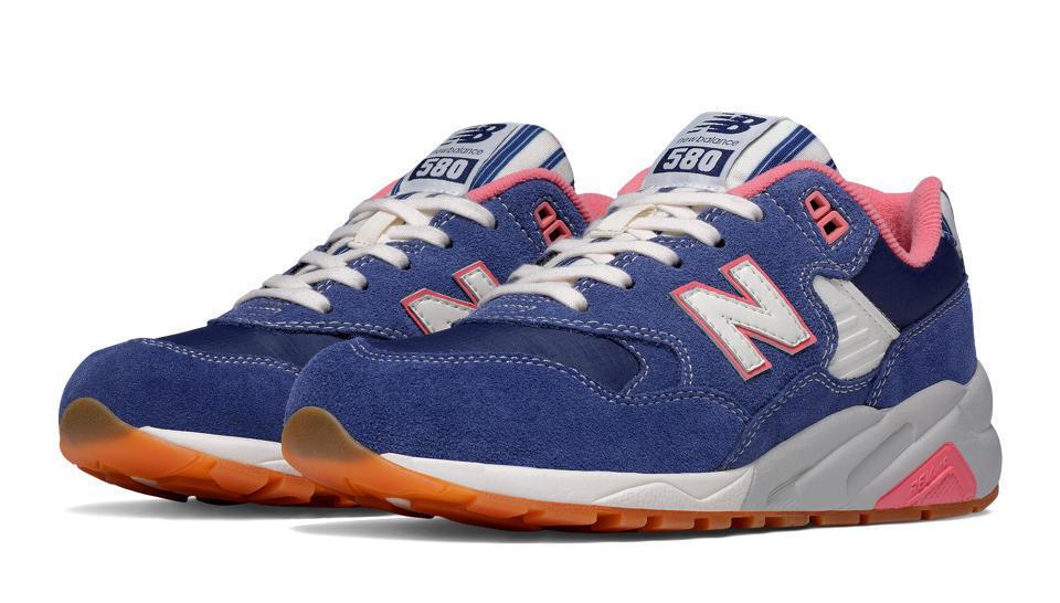 New Balance WRT580RH: NB Casual 580 Seaside Hideaway Navy/Pink Casual NB Comfort Sneaker 6674dc
