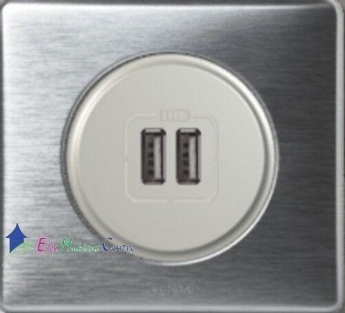 Double prise chargeur USB Céliane Legrand aluminium 67462+68556+80251+68921