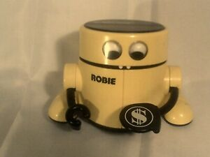 Radio-Shack-ROBIE-The-Bank-Does-NOT-Work