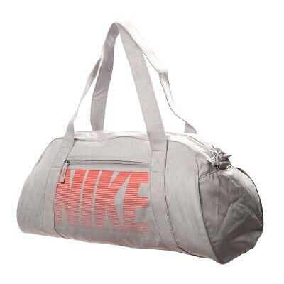 NWOT! Women's Nike Duffel Bag