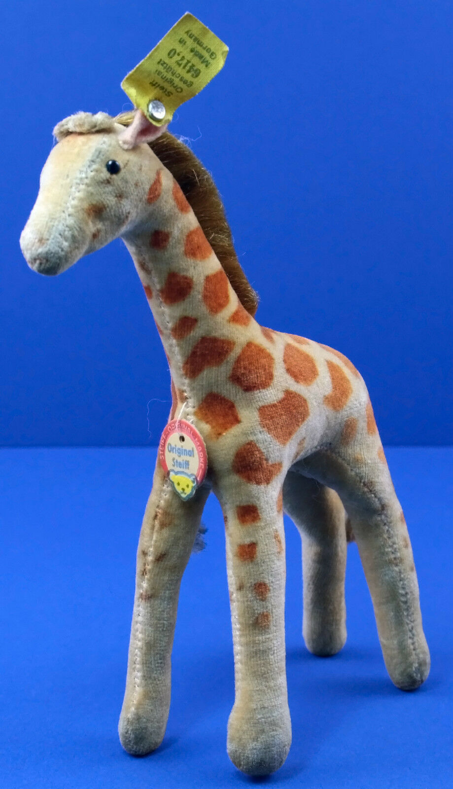 Original US Zone Steiff Giraffe  6414.0 With Raised Silberscript Button