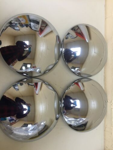Baby Moons For Chevrolet 1949-1953 With OEM Steel Wheels