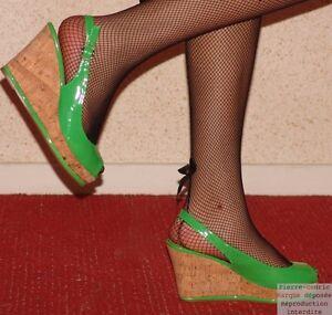 Escarpins-bout-ouvert-vernis-talon-compense-sexy-fashion-star