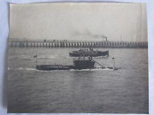 04E1-RARE-GRANDE-PHOTOGRAPHIE-1900-PHOTO-SOUS-MARIN-MEDUSE-AU-PORT-DE-DUNKERQUE