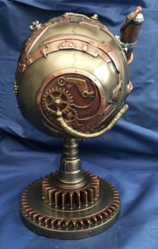 Steampunk Bionic Ocular Receiver Skull on Stand Nemesis Now New Boxed Ornament