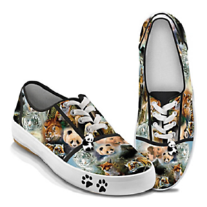 NIB Bradford Exchange Women's Wildlife Art Lace Up Sneakers Size 5.5