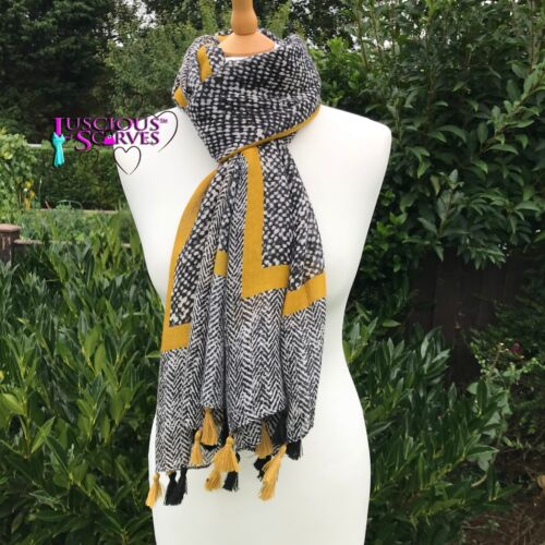 MUSTARD GREY /& BLACK TASSEL SCARF WITH A HERRINGBONE DESIGN SUPERB  QUALITY