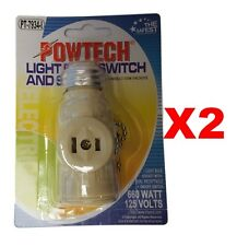 LIGHT BULB SOCKET WITH DUAL RECEPTACLE ON/OFF SWITCH 660W, 125VOLTS IVORY 2PK